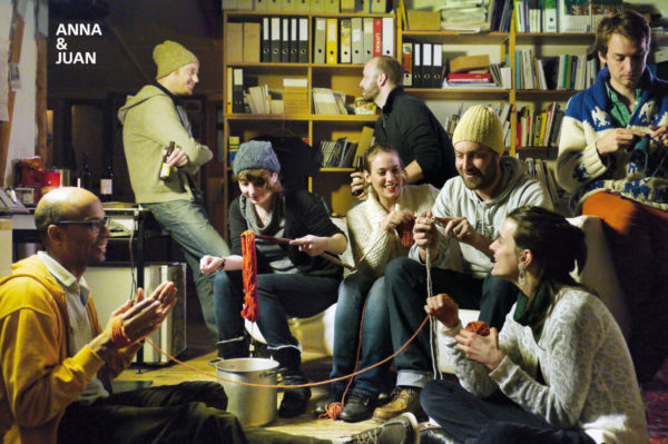 Picture: Strickparty im Lokal