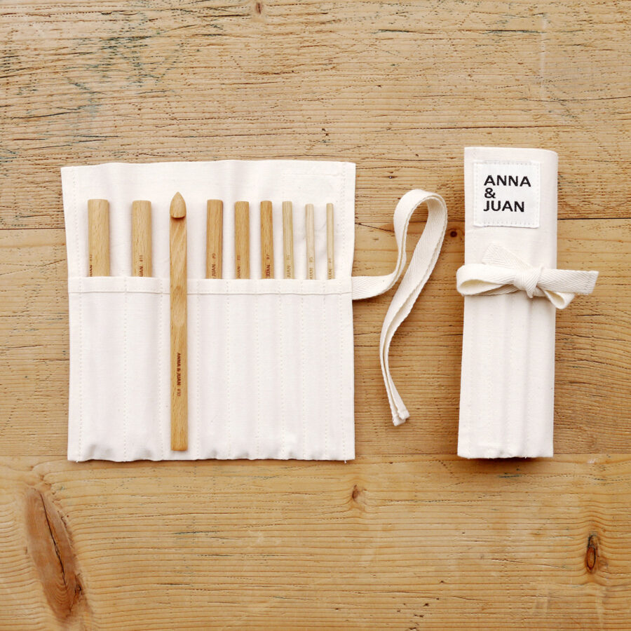Anna & Juan – Crochet Hooks, Beech Wood – Set