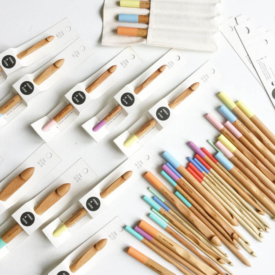 Anna & Juan – Coloured Crochet Hooks, Beech Wood