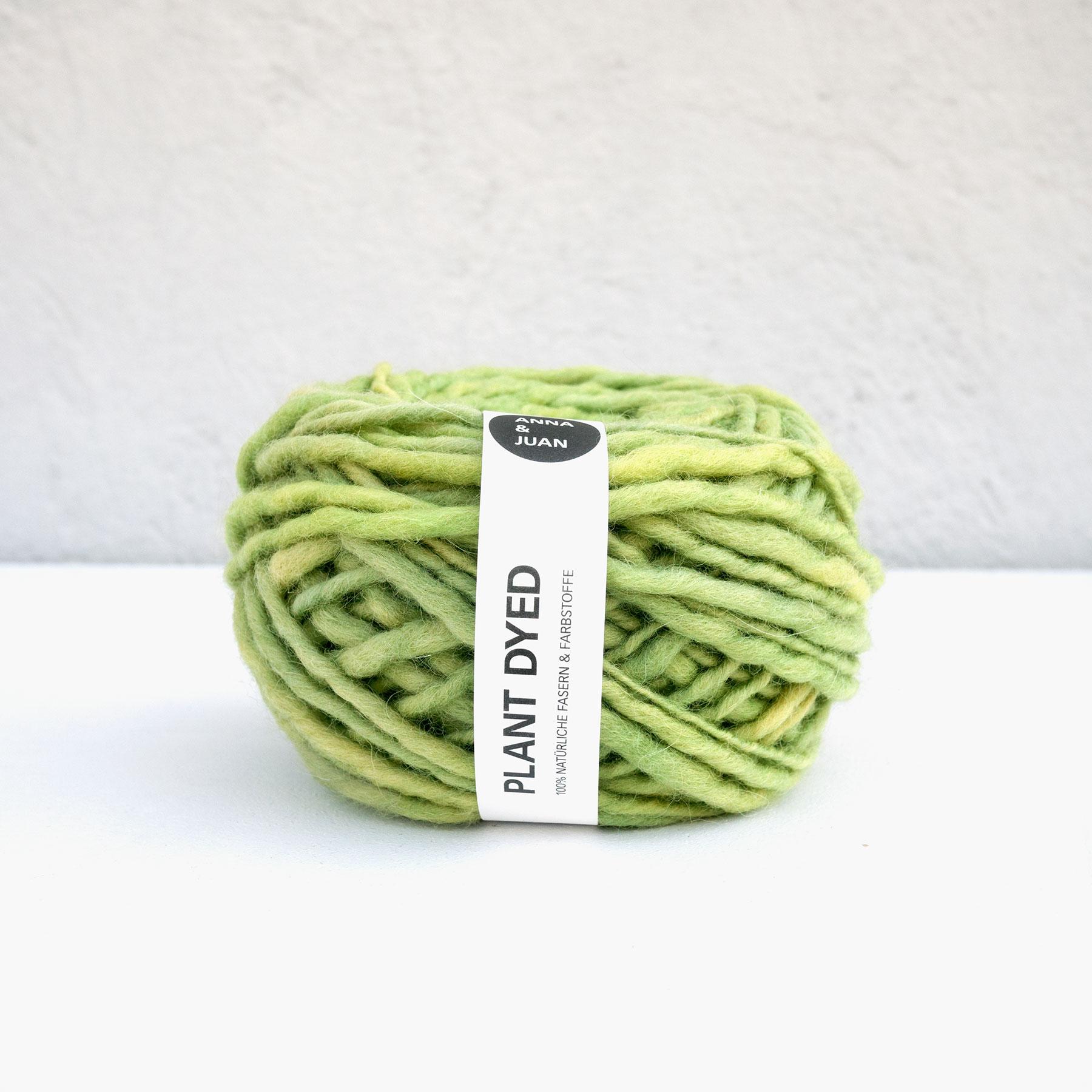 Anna & Juan Wolle «Plant Dyed» – Merino Handgesponnen – Super Bulky – mittleres Grün