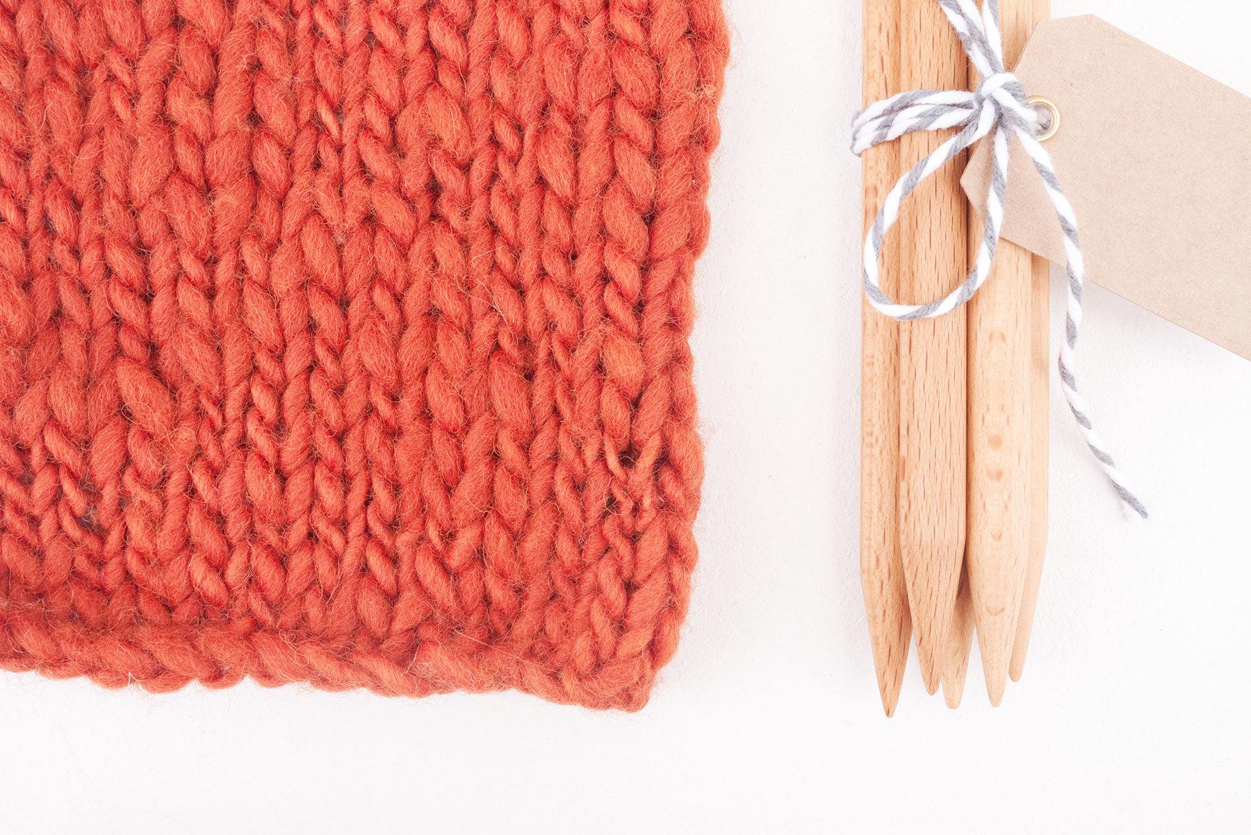 Anna & Juan Wolle «Plant Dyed» – Merino Handgesponnen – Super Bulky
