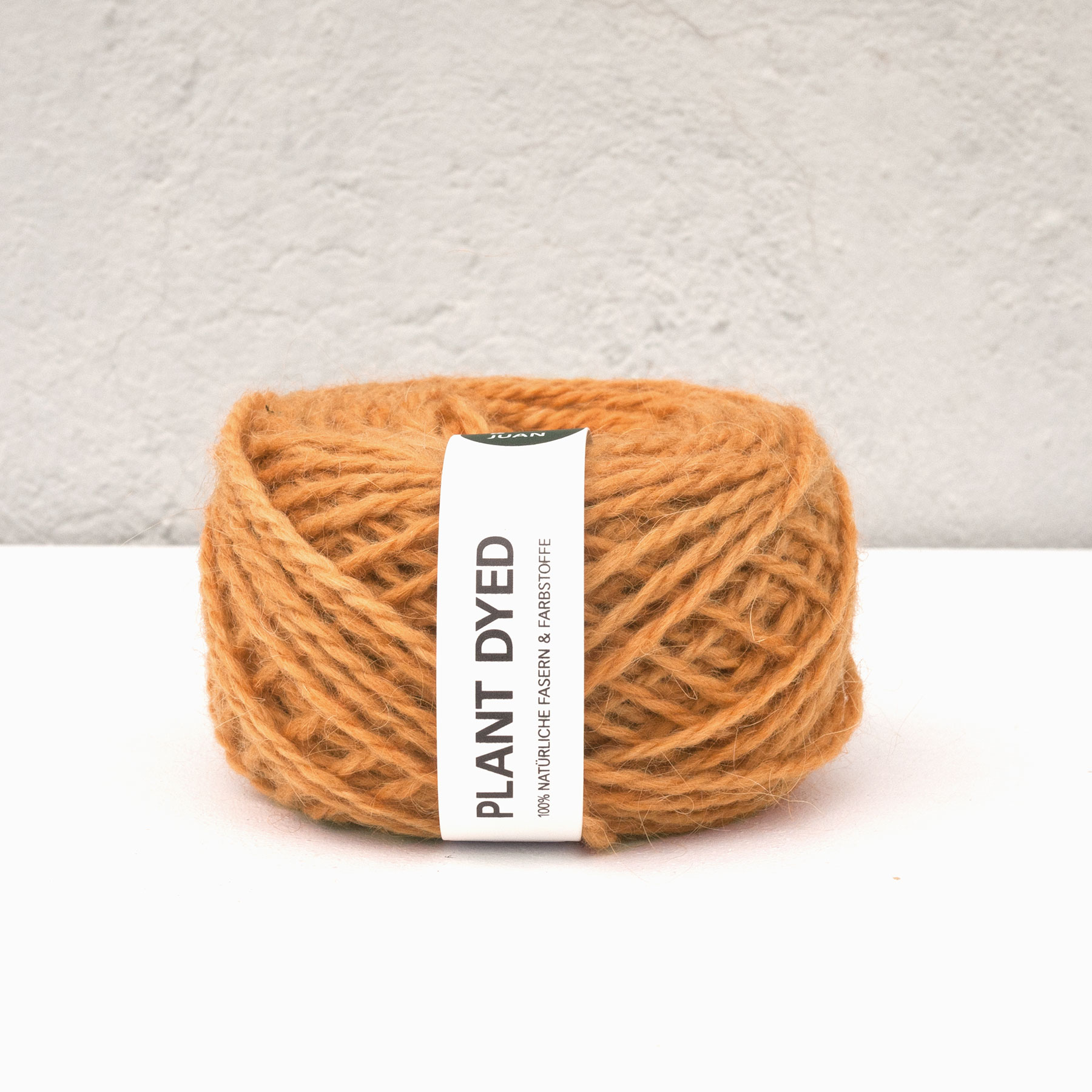 Anna & Juans «Llama Argentina – Plant Dyed» – Light Worsted/Worsted – Coreopsis