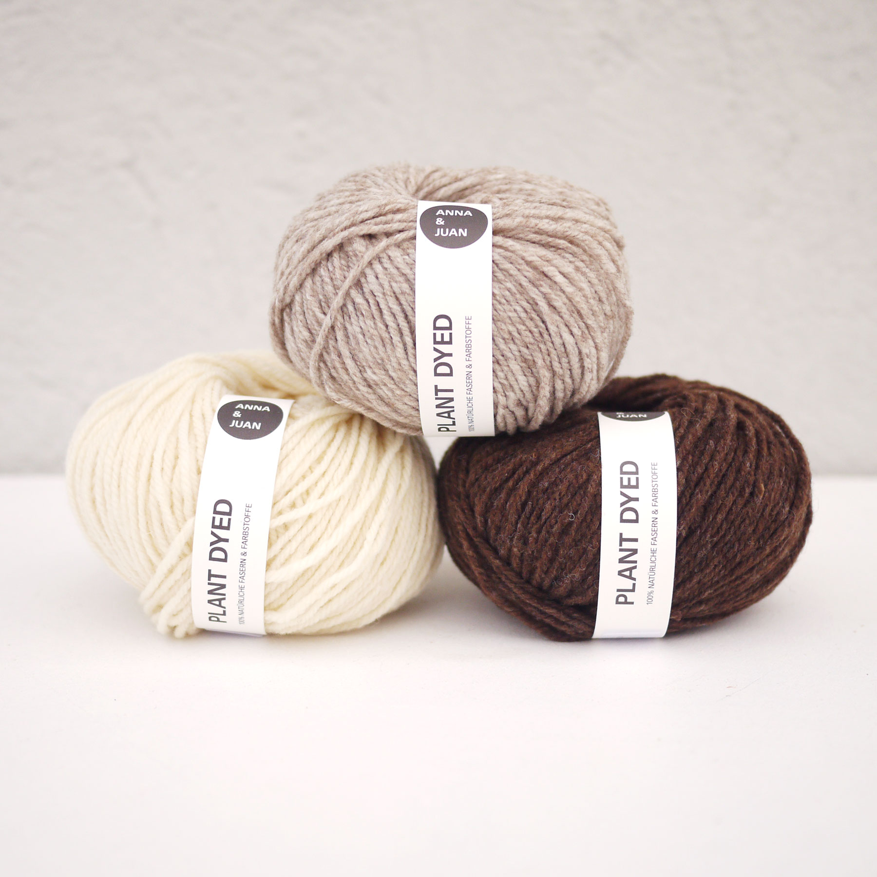 """7aadf39aaa5 Anna   Juan Wool """"French Merino Twisted"""" – DK - Worsted Weight – Undyed"""