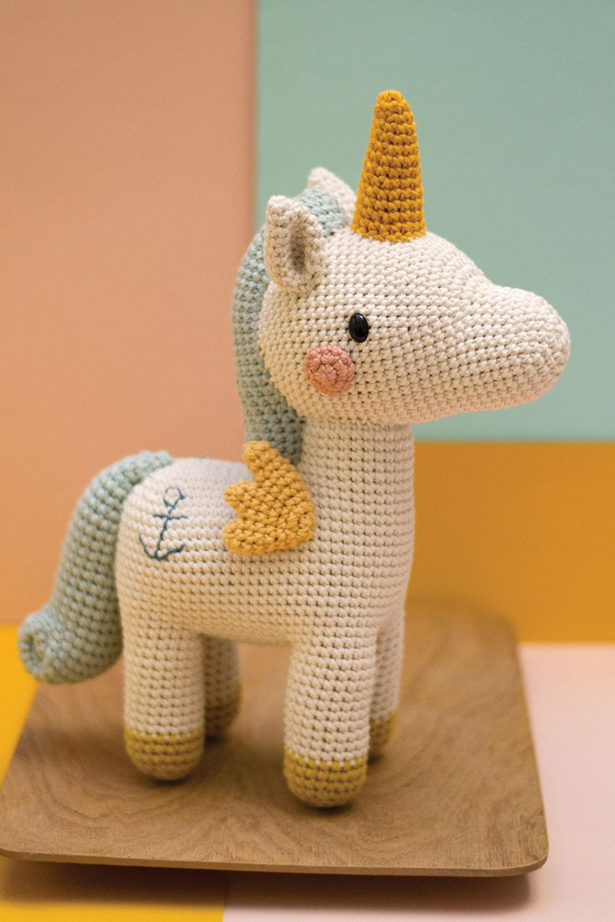 Unicornio de Agnes - Amiguitos de Crochet | 1800x1200